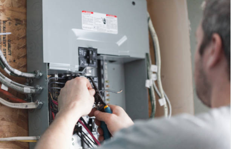 How Old is Your Electric Panel? Three Reasons to Care
